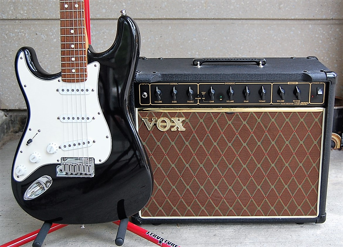 vox vr30w guitar combo amp sold at mother of all guitar shop. Black Bedroom Furniture Sets. Home Design Ideas